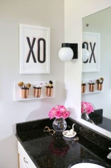 Romantic DIY Couple Apartment Decoration Ideas 22