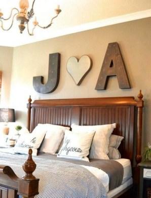 Romantic DIY Couple Apartment Decoration Ideas 37