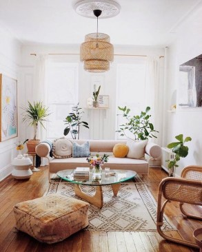 Smart Apartment Decoration Ideas For Summer On A Budget 25