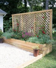 Stunning DIY Garden Bed To Beautify Your Backyard 19