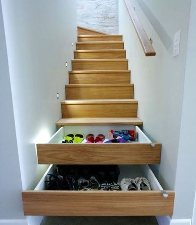 Brilliant Stair Design Ideas For Small Space 50