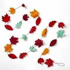 Easy And Simple Fall Garland Decoration Ideas 21
