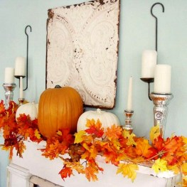 Easy And Simple Fall Garland Decoration Ideas 38
