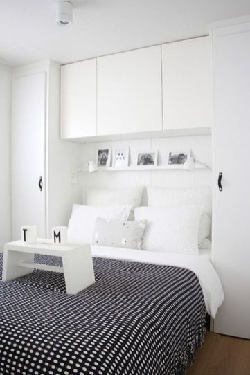 Elegant Wardrobe Design Ideas For Your Small Bedroom 06