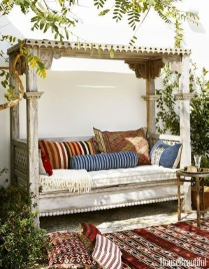 Fabulous Outdoor Seating Ideas For A Cozy Home 09