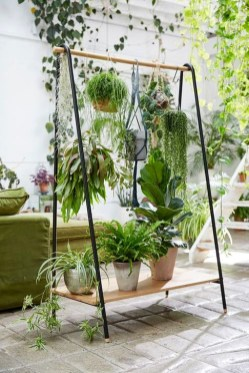 Inspiring DIY Vertical Plant Hanger Ideas For Your Home 36