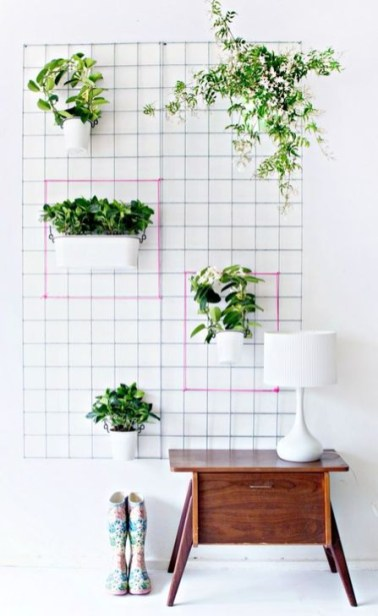Inspiring DIY Vertical Plant Hanger Ideas For Your Home 43