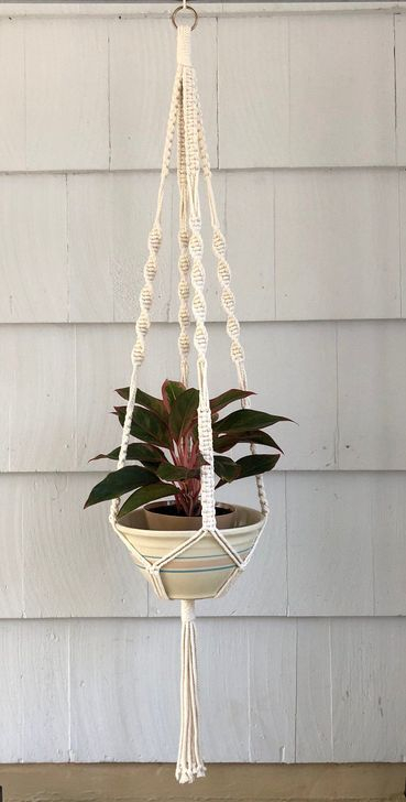 Inspiring DIY Vertical Plant Hanger Ideas For Your Home 44