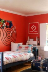Magnificient Red Bedroom Decorating Ideas For You 25