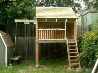 Marvelous Outdoor Playhouses Ideas To Live Childhood Adventures 36