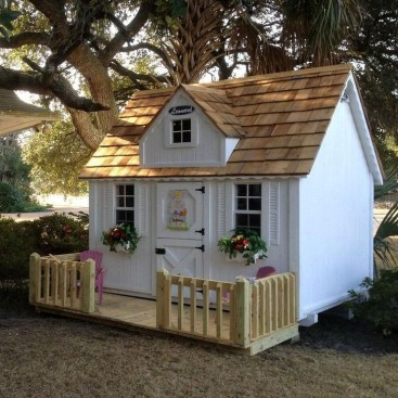 Marvelous Outdoor Playhouses Ideas To Live Childhood Adventures 42