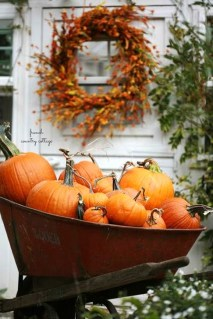 Modern Fall Decor Inspiration To Transform Your Home For The Cozy Season 04