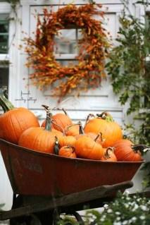 Modern Fall Decor Inspiration To Transform Your Home For The Cozy Season 04