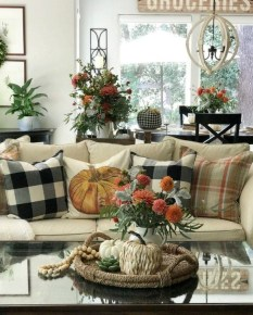 Modern Fall Decor Inspiration To Transform Your Home For The Cozy Season 20