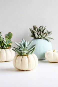Modern Fall Decor Inspiration To Transform Your Home For The Cozy Season 33