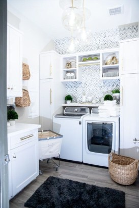 Perfect Functional Laundry Room Decoration Ideas For Low Budget 35