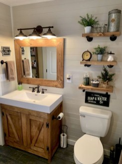 Smart Small Bathroom Organization Ideas For Bathing Comfort 16
