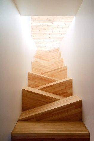 Abstract-set-of-stairs-would-be-great-for-a-small-space