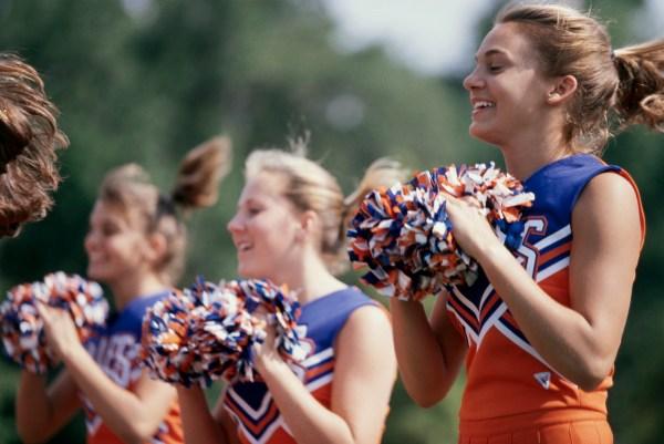 Cheerleader ಚೀಯರ್ ಲೀಡರ್