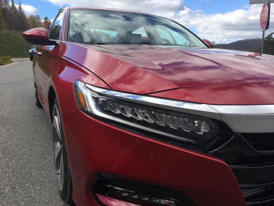 Honda-tech.com 2018 Honda Accord 1.5T 2.0T Review Test Drive Info Facts Buyers Guide Comparison