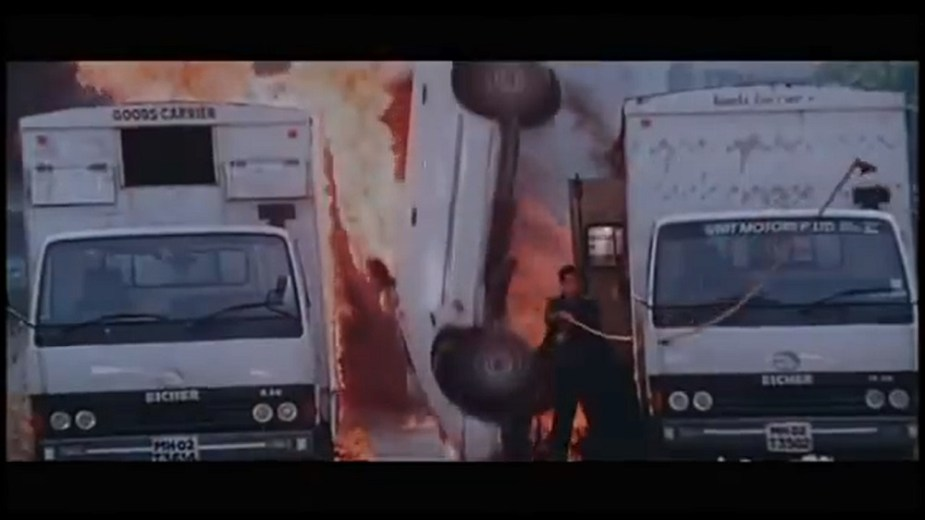 Honda Accord Bollywood Action Car Chase Scene