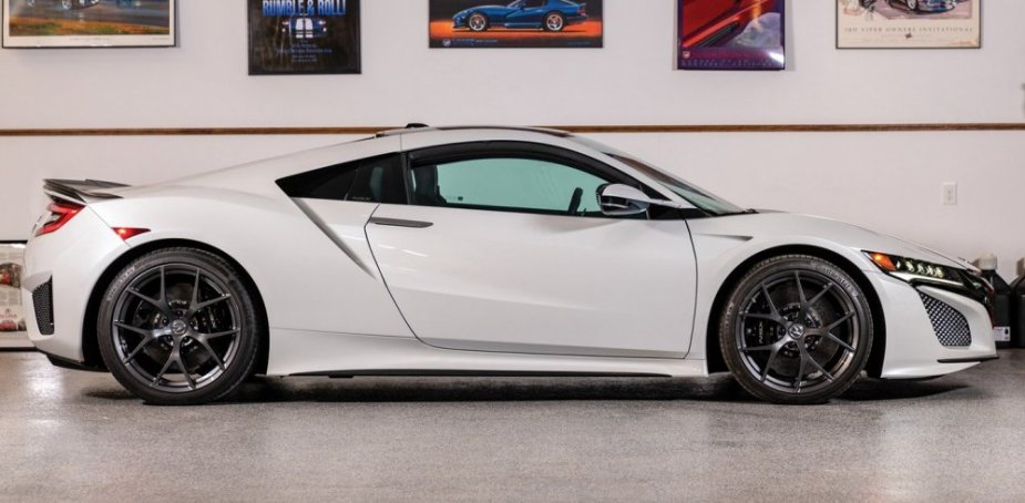 2017 Acura NSX Side