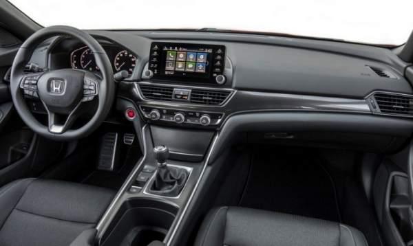 2020-Honda-Accord-Coupe-Interior