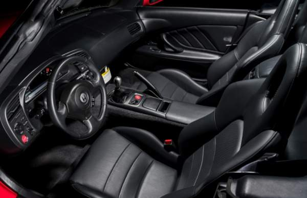 2020-Honda-S2000-Interior