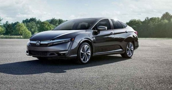 2020-Honda-Clarity-Plug-in-Hybrid-Touring