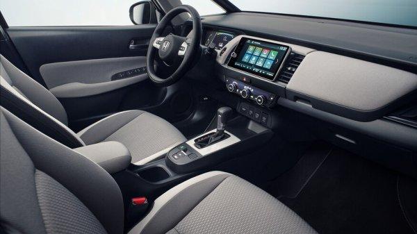 Honda-Fit-Interior-1