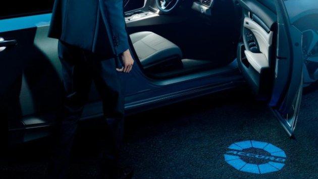 Tenth-Generation-Honda-Accord-Interior