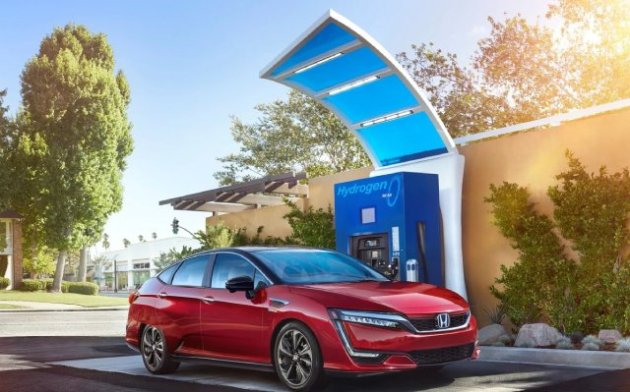2020-Honda-Clarity-Fuel-Cell-Offers-More-Features