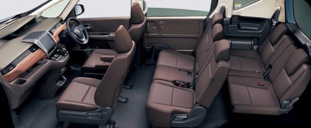 2021 Honda Freed seats