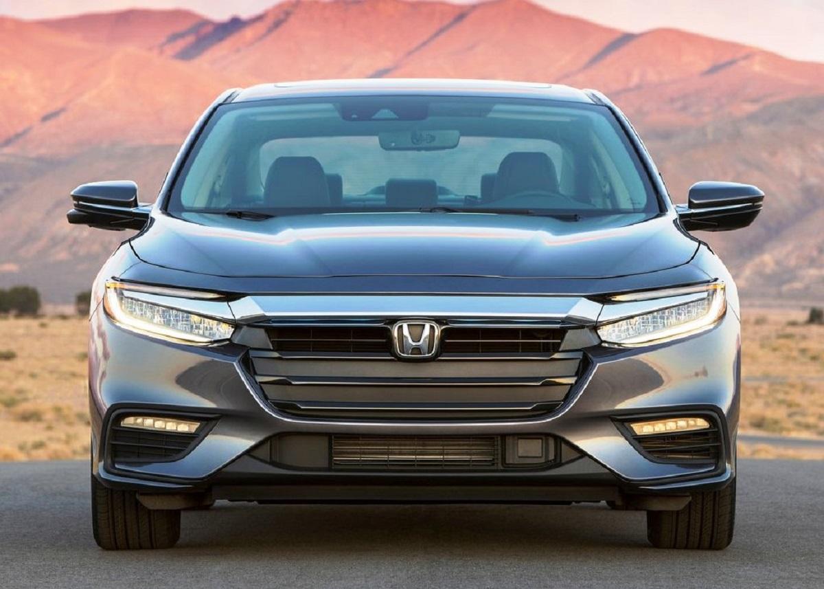 2021 Honda Insight Hybrid front