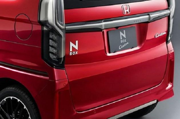2021 Honda N-Box rear