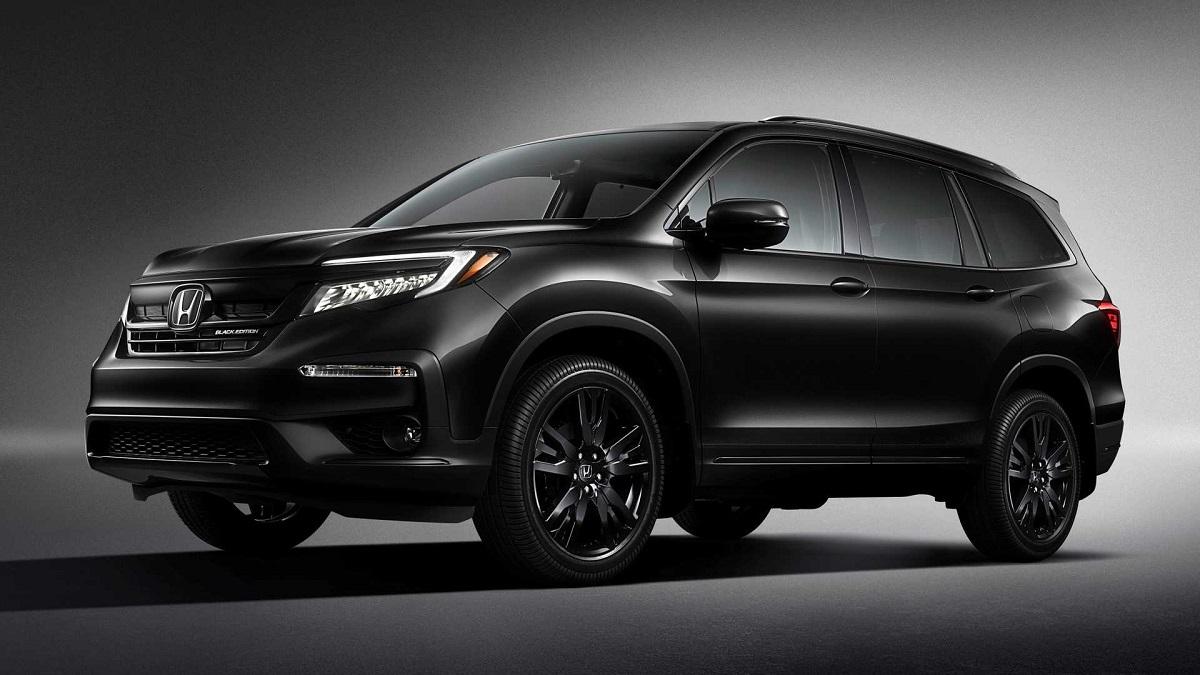 2021 Honda Pilot Black Edition front