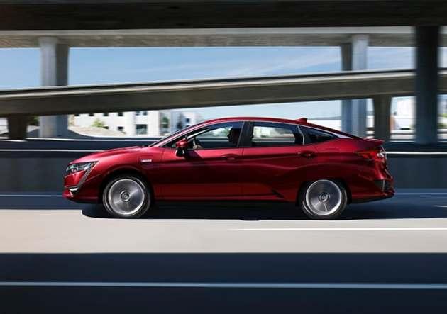 2022 Honda Clarity side