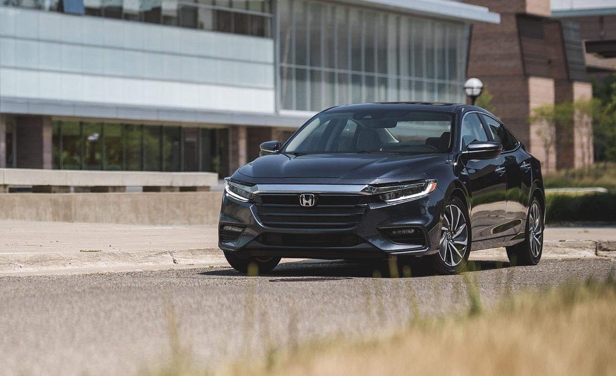 2022 Honda Insight front
