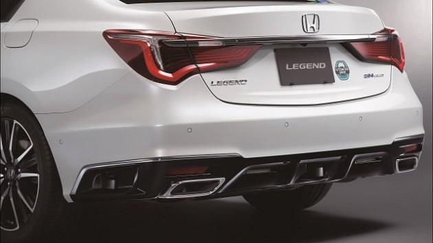 2022 Honda Legend Hybrid EX rear