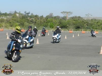 I Curso Fundamental de pilotagem de Scooter_201409 (84)