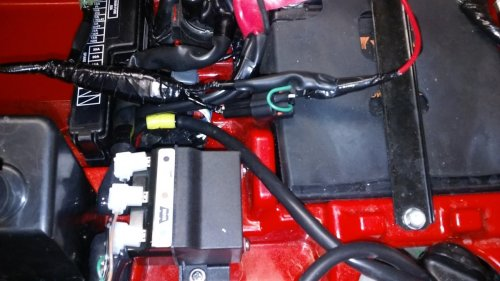 small resolution of  winch black to ground red goes to the starter solenoid next to the battery the 3 small wires go to the same color code on the controller