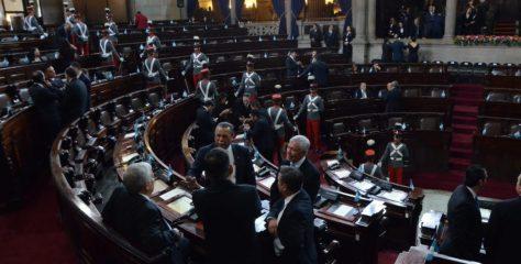 Pacto de Corruptos mantiene agenda en el Legislativo