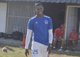 Brayan Beckeles regresa a Olimpia