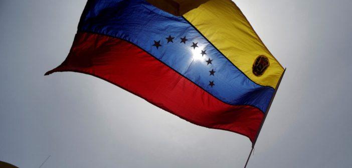 """Canada, EE.UU. y la Unión Europea afirman """"estar dispuestos"""" a revisar las sanciones contra Venezuela"""