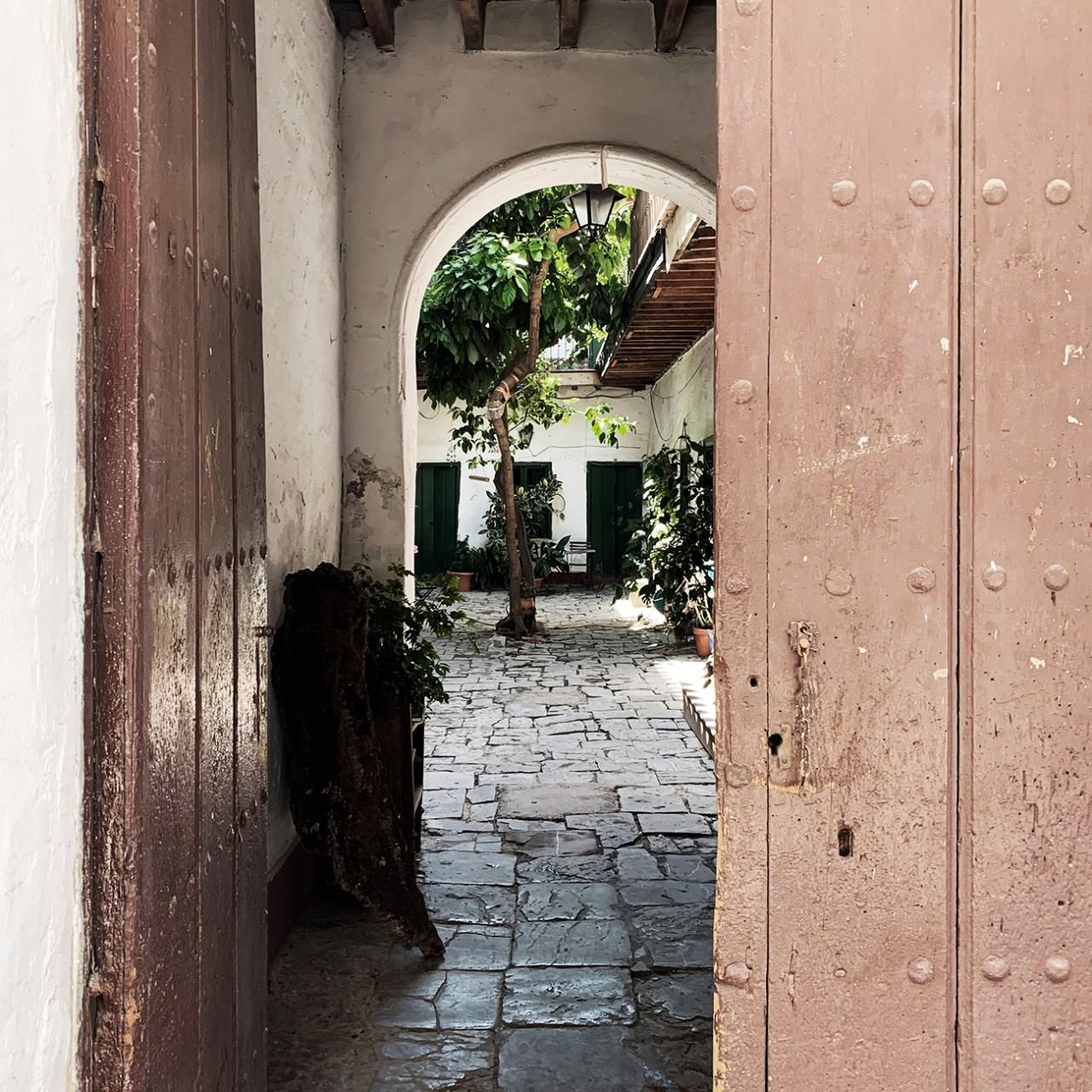 La corrala de pablo Sevilla antiguo renovation réalisations honei UNE MAISON DESIGN