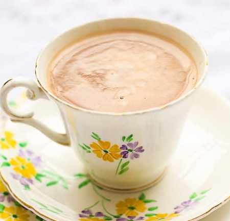 Super Simple Homemade Hot Chocolate