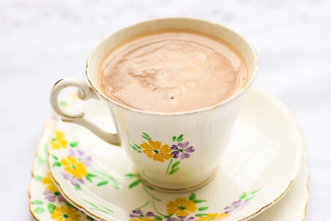 Super Easy Homemade Hot Chocolate