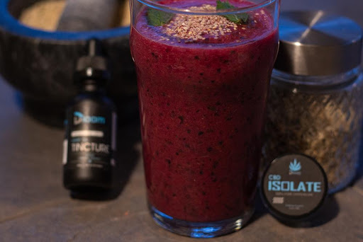 How to Make a CBD Infused Smoothie Tropical Blueberry Twist | Honest