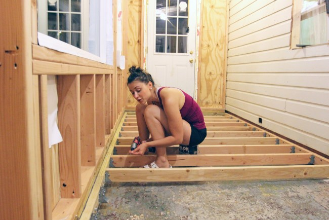 Securing the floor joists