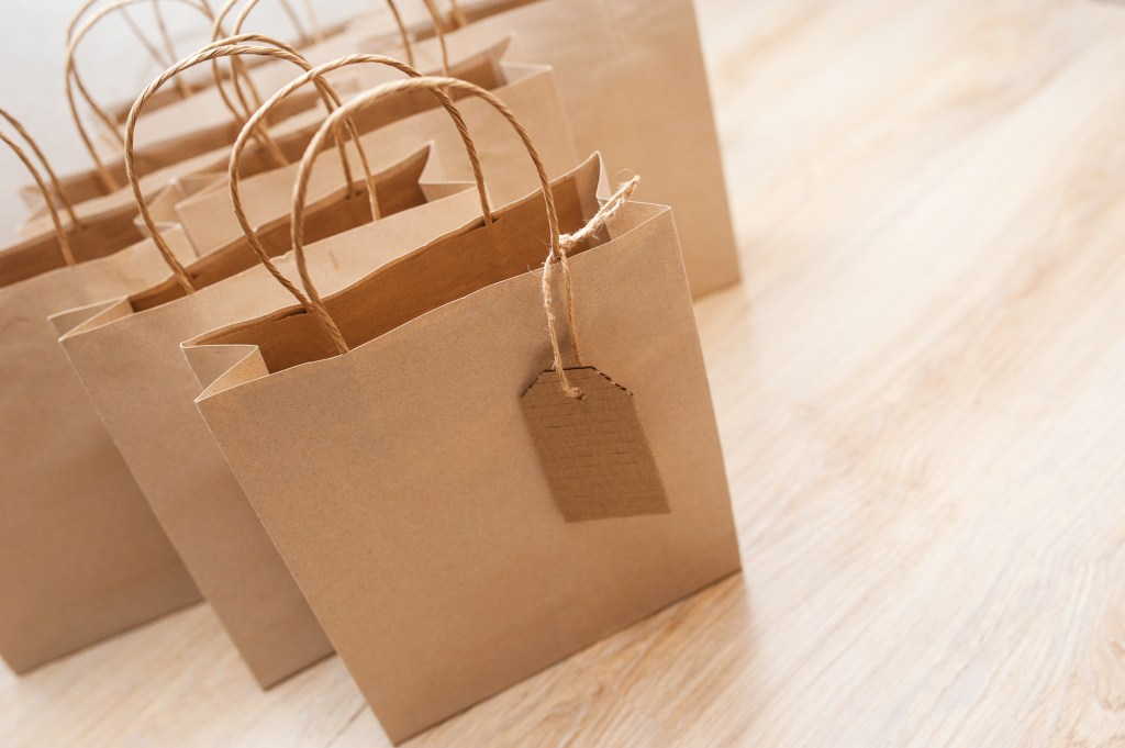 Brown paper kraft bags for shopping